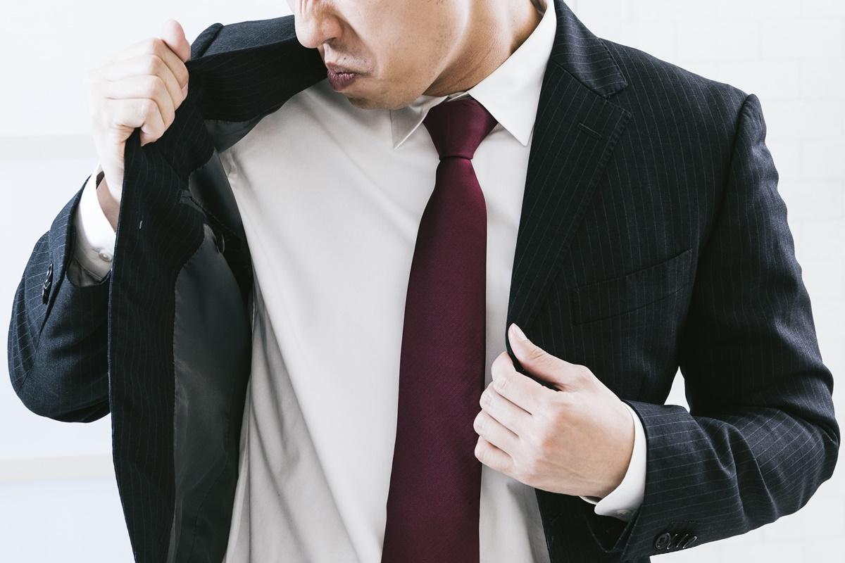 スーツの加齢臭、汗臭に消臭「ヌーラ」効果の乾燥