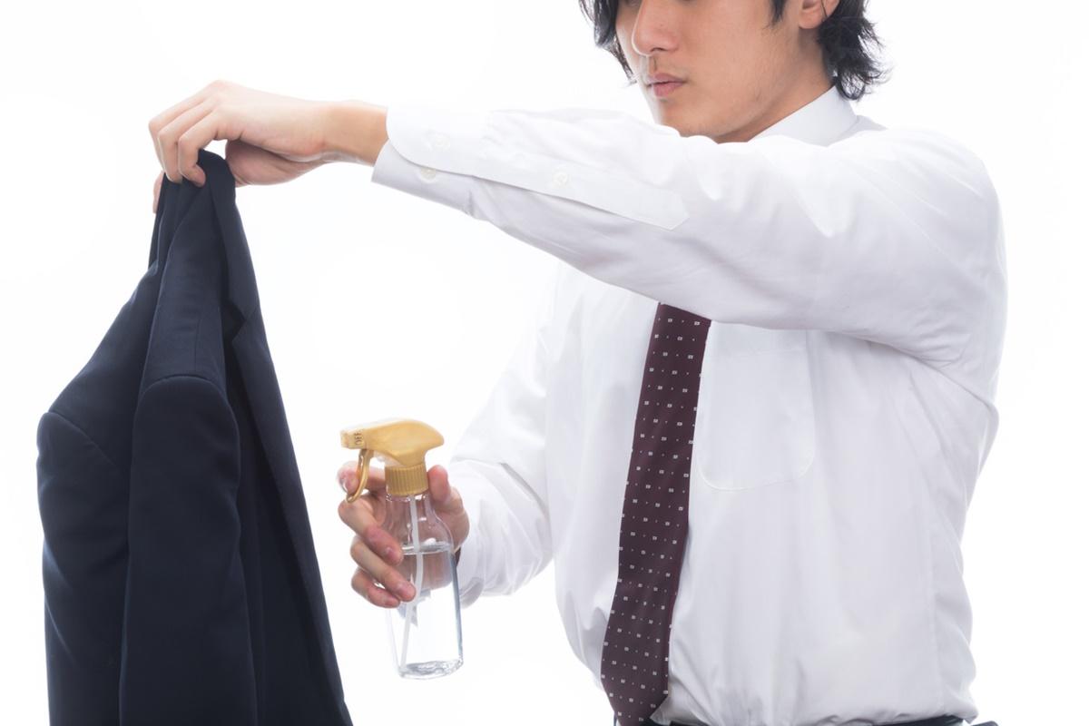 スーツの加齢臭、汗臭の消臭剤「ヌーラ」の効果と感想